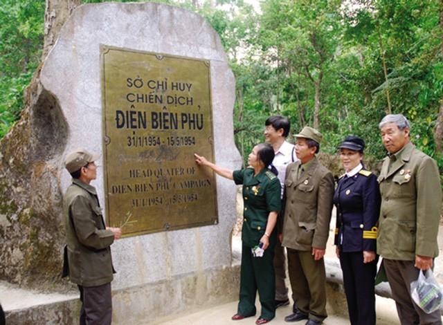 Bulan Mei di situs peninggalan sejarah Kemenangan Dien Bien Phu - ảnh 1