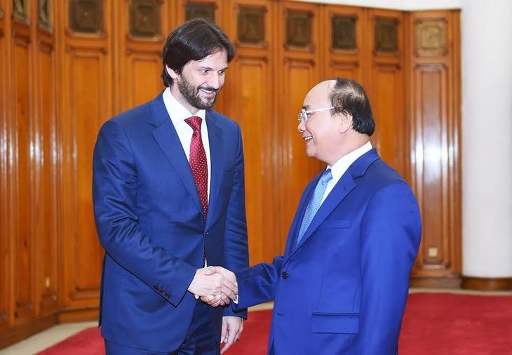 Memperkuat hubungan kerjasama antara Kementerian Keamanan Publik Vietnam dan Kementerian Dalam Negeri Republik Slovakia - ảnh 1