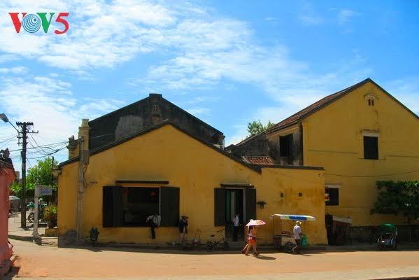 Kota Hoi An lolos masuk dalam kelompok papan atas kota-kota pantai yang indah dan paling murah biayanya di dunia - ảnh 1