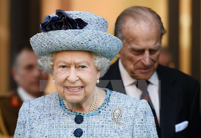 Ratu Inggris mengumumkan rancangan rencana Pemerintah di Parlemen - ảnh 1
