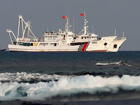 Kapal Tiongkok terus merembes wilayah laut Jepang - ảnh 1