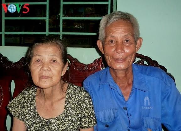 Kisah dalam mengatasi kesulitan dari keluarga dengan tiga generasi yang adalah korban oranye/dioxin - ảnh 1