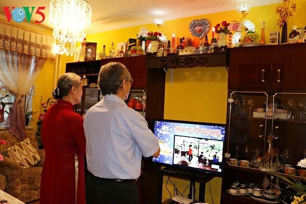 Menjaga nilai keluarga tradisional dalam komunitas orang Vietnam di Republik Czech - ảnh 1