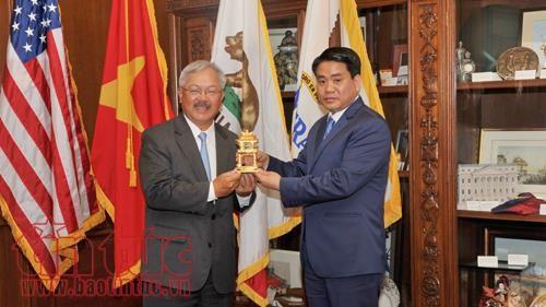 Kota Hanoi terus memperkuat kerjassama dengan negara bagian Utah dan Kota San Francisco, AS - ảnh 1