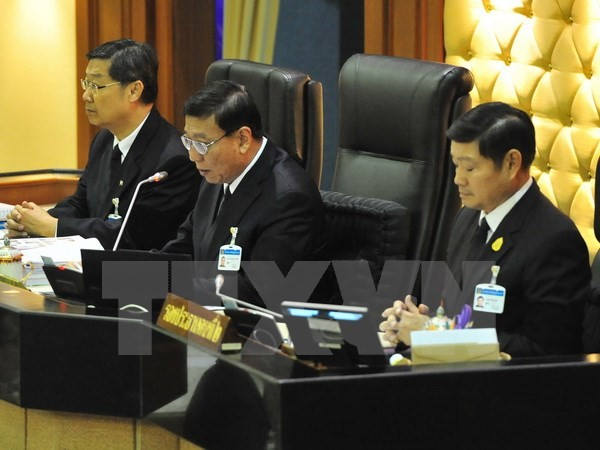 Ketua Dewan Legislatif Nasional Kerajaan Thailand dan Istri memulai kunjungan resmi di Vietnam - ảnh 1