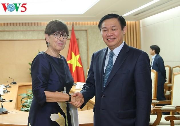 Vietnam ingin mendorong hubungan kerjasama dengan Belgia, Slovakia dan Uni Eropa - ảnh 1