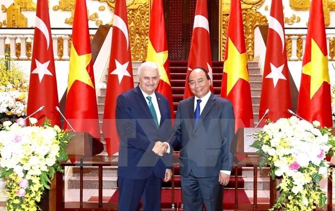 PM Binali Yildirim merasa optimis atas hubungan Vietnam-Turki - ảnh 1