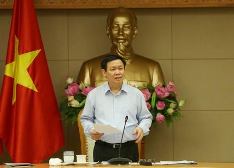 Deputi PM Vietnam, Vuong Dinh Hue: Ekonomi kolektif dan koperasi berkaitan erat dengan restrukturisasi ekonomi - ảnh 1