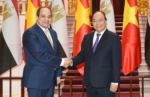 Mesir ingin memperkuat kerjasama dengan Vietnam di banyak bidang - ảnh 1