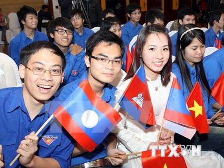 Pemuda Vietnam-Kamboja memperkuat aktivitas-aktivitas kerjasama - ảnh 1