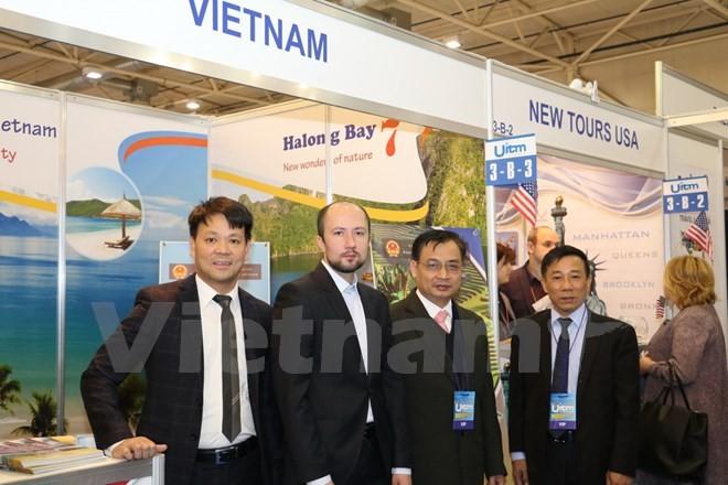 "Gerai Vietnam ""menyerap kedatangan tamu"" pada Pameran ke-24 Pariwisata Internasional Ukraina - ảnh 1"