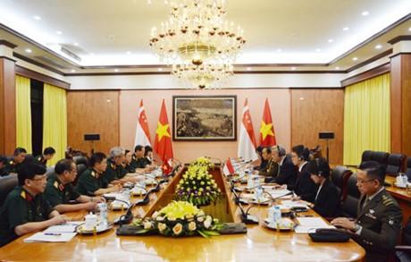 Dialog ke-8 Kebijakan Pertahanan Vietnam-Singapura - ảnh 1