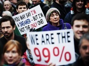 В США и Европе продолжают выражать протест жесткой экономики - ảnh 1