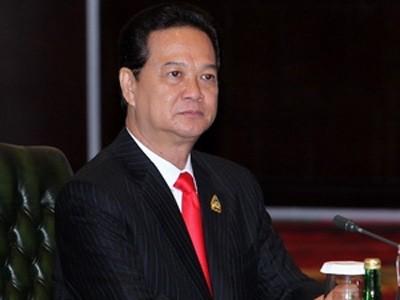 Участие Нгуен Тан Зунга в работе саммитов