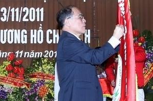 Участие Нгуен Шинь Хунга в 65-ой годовщине ОКК Вьетнама - ảnh 1