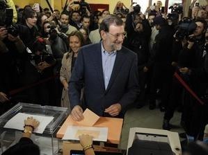 В Испании прошли досрочные парламентские выборы - ảnh 1