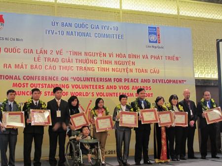 Национальная конференция «Добровольчество во имя мира и развития» - ảnh 1