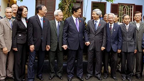 Встреча премьер-министра СРВ с избирателями города Хайфона - ảnh 1