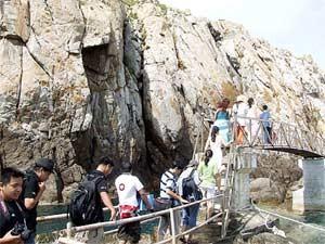Экскурсия на острова ласточек-саланганов в заливе Нячанг - ảnh 1