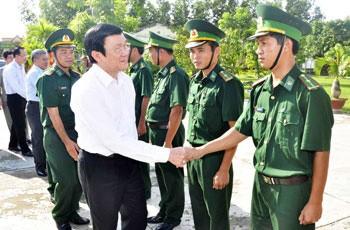 Рабочая поездка президента СРВ в провинцию Ан Занг - ảnh 1