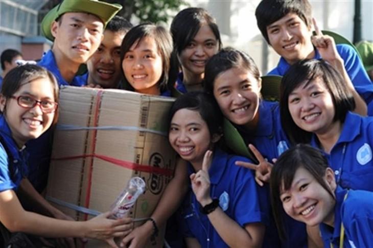 Реальные мероприятия года молодежи - 2011 - ảnh 1
