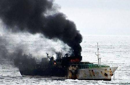 Необходимо обеспечить интересы членов экипажа судна Jeong Woo 2 - ảnh 1