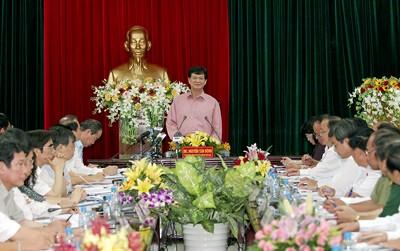 Премьер-министр Нгуен Тан Зунг провёл рабочую встречу с руководством Виньлонг - ảnh 1