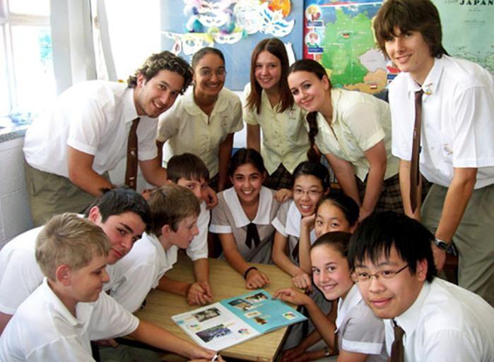 Иностранные студенты приезжают во Вьетнам изучить вьетнамский язык - ảnh 2