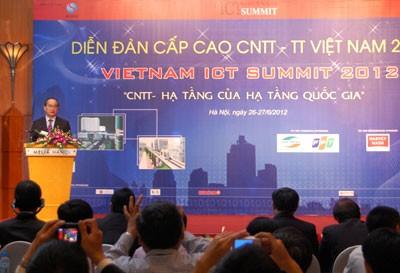 Форум информационных технологий и коммуникаций Вьетнама -2012 на высоком уровне - ảnh 1