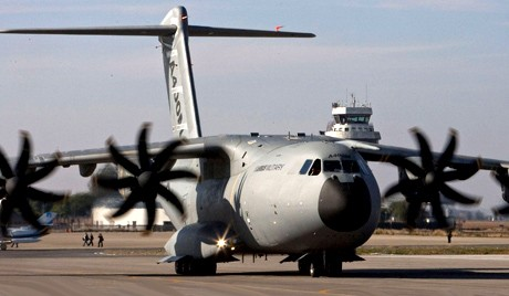 Новый военный самолёт в России построят к 2020 году - ảnh 1