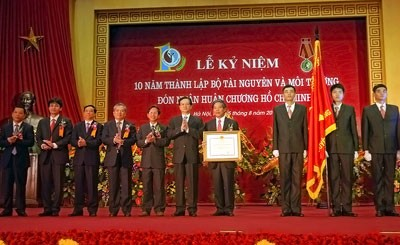 10-летие со дня создания Министерства природных ресурсов и экологии Вьетнама - ảnh 1