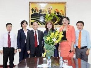 Активизация сотрудничества между информационнымми агентствами СРВ и Монголии - ảnh 1