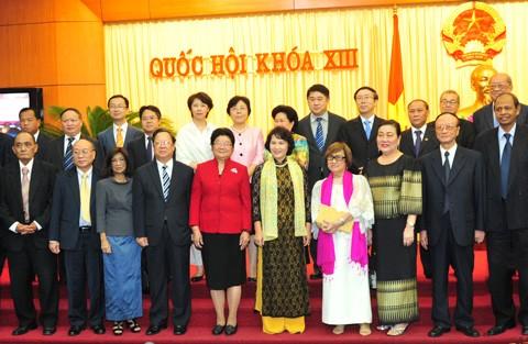 Нгуен Тхи Ким Нган приняла участников конференции организаций дружбы народов... - ảnh 1