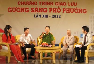 Мероприятия, посвящённые Дню создания Народной милиции Вьетнама - ảnh 1