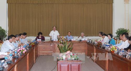 Нгуен Шинь Хунг провел рабочую встречу с ключевыми руководителями города Хошимин - ảnh 1