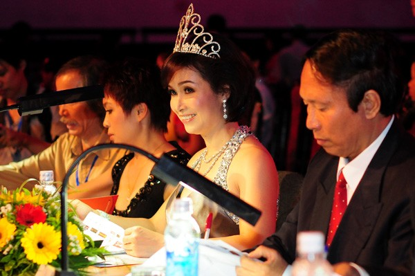 Финал конкурса «Мисс Вьетнам 2012» - ảnh 2