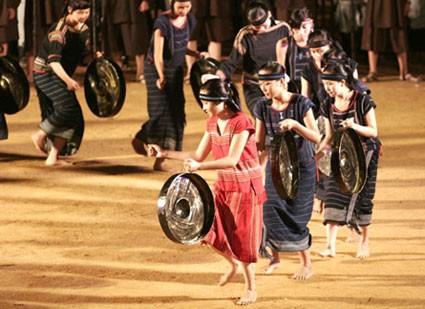 Открылись Дни культуры народностей плато Тэйнгуен в Ханое - ảnh 1