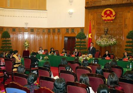 Премьер-министр СРВ Нгуен Тан Зунг принял женщин-депутатов - ảnh 1
