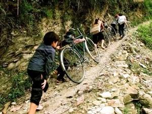 ЕС и Вьетнам обмениваются мнениями по защите прав нацменьшинств - ảnh 1