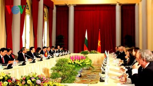 Стремление к установлению стратегических партнерских отношений между Вьетнамом и Болгарией - ảnh 1