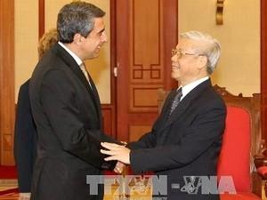 Генеральный секретарь ЦК КПВ Нгуен Фу Чонг принял президента Болгарии - ảnh 1