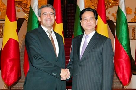 Расширение вьетнамо-болгарского сотрудничества в разных областях - ảnh 1