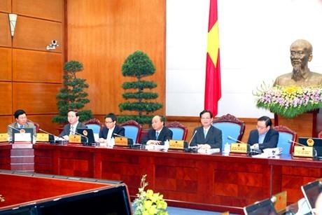 В Ханое прошло ноябрьское очередное заседание правительства - ảnh 1