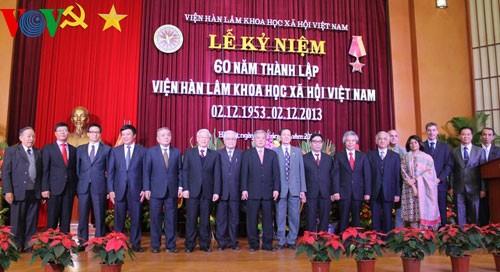 Генсек ЦК КПВ принял участие в праздновании 60-летия АОН Вьетнама - ảnh 1