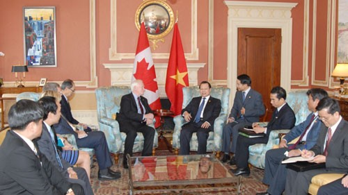 Активизация и углубление отношений между Вьетнамом и Канадой - ảnh 1
