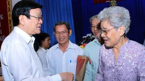 Вьетнамское правительство решительно борется с коррупцией - ảnh 1
