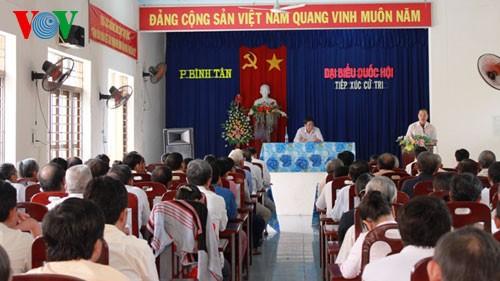 Депутаты Вьетнамского Парламента встретились с избирателями страны - ảnh 1