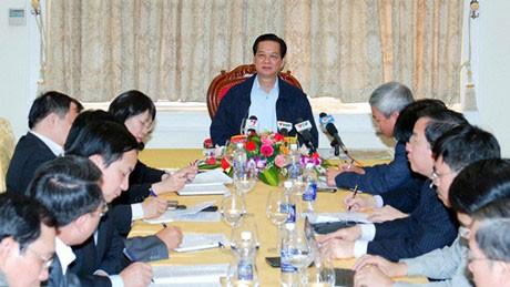 Премьер-министр СРВ провёл рабочую встречу с руководством г.Хайфона - ảnh 1