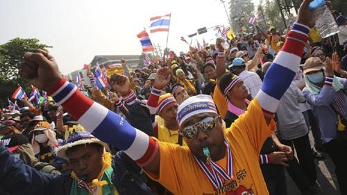 В Таиланде уже 17-й день продолжается политический кризис - ảnh 1