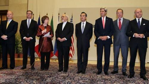 Иран прервал переговоры с «шестеркой» после объявления США новых санкций - ảnh 1